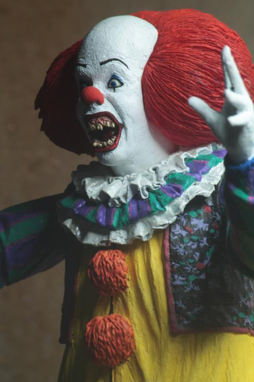 It (1990) Ultimate Pennywise (Ver. 2) Figure