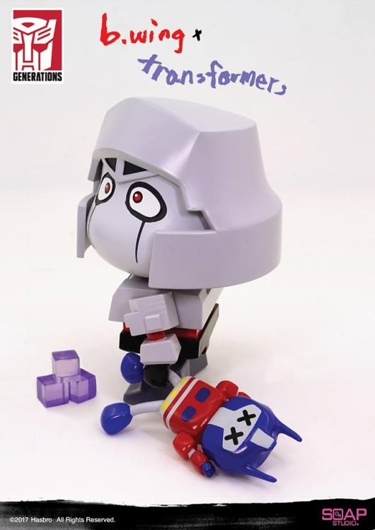 b.wing x Transformers Megatron Figure