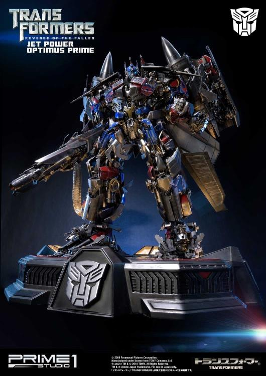 Transformers: Revenge of the Fallen Museum Masterline Jetpower Optimus Prime Statue