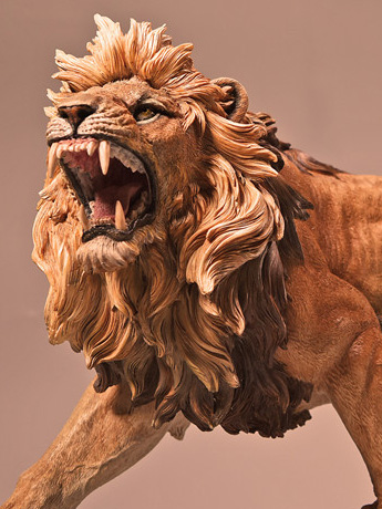 African Lion 1/6 Scale Replica (Brown)