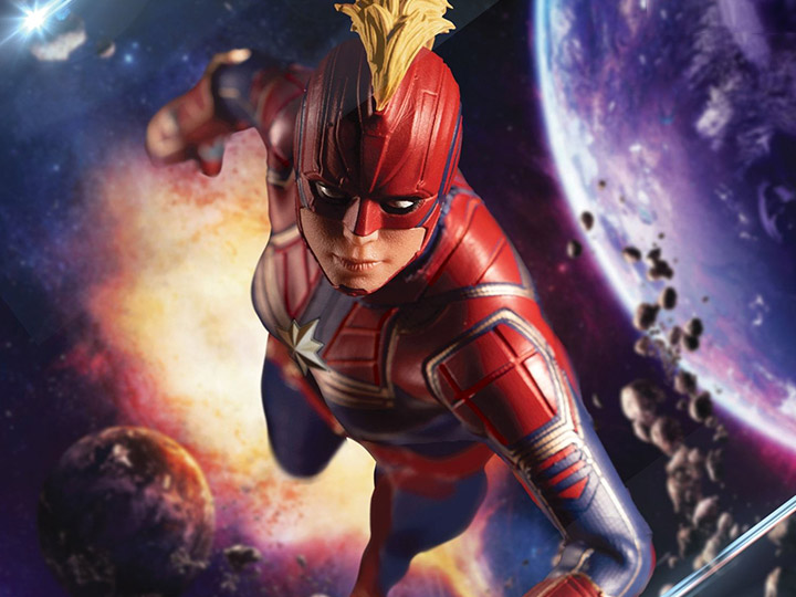 Captain Marvel One:12 Collective Captain Marvel