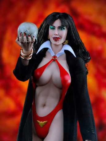 Vampirella 1/6 Scale Figure SHCC Exclusive