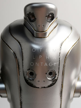 1/6 Scale Evenfall T.O.T.E.M. Thug Pugillo Figure - Alpha Contact (Silver)