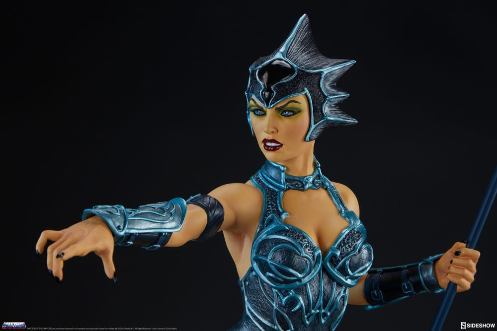 Masters of The Universe Evil-Lyn (Classic) Exclusive Limited Edition Statue