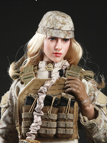 Tactical Female Gunner Camouflage Suit (Sand) 1/6 Scale Accessory Set