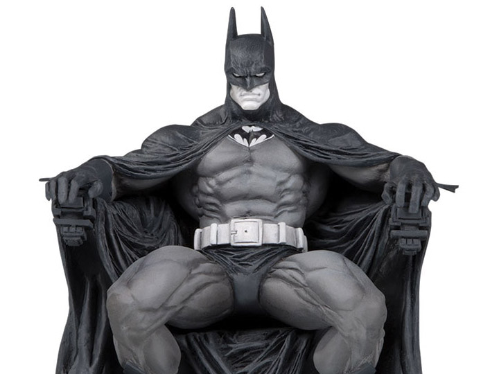 batman black and white limited edition statue marc silvestri. Black Bedroom Furniture Sets. Home Design Ideas