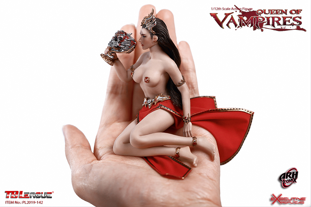 Queen of Vampires Arkhalla 1/12 Scale Figure