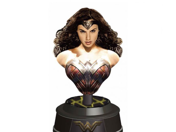 Ever Wonder Where That Iconic Bust Of >> Batman V Superman Light Up Paperweight Bust Wonder Woman