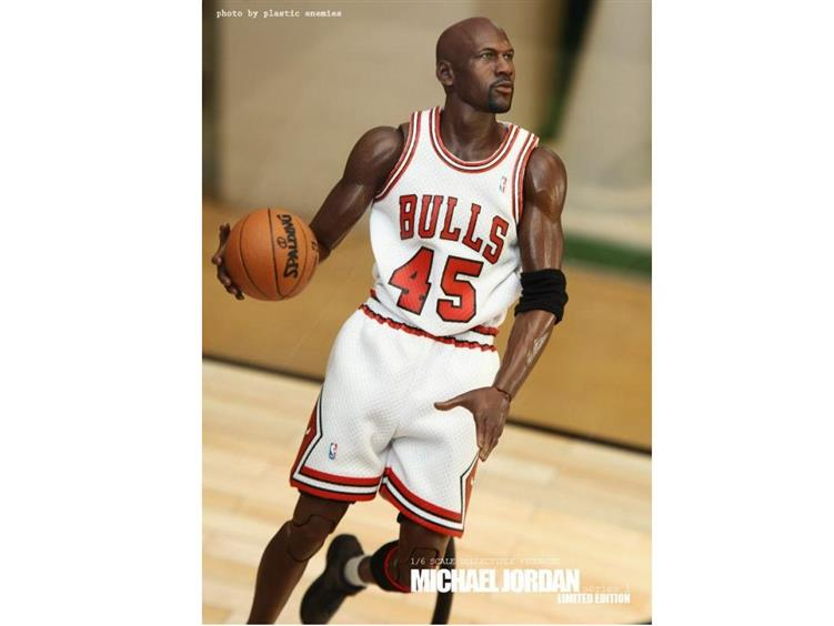 the best attitude d0769 df88a NBA Real Masterpiece Michael Jordan (#45 I'm Back White ...