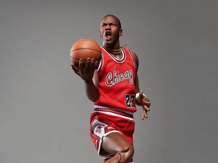 9d8cd68a0e58f5 NBA Real Masterpiece Michael Jordan (Rookie Edition) 1 6 Scale Figure