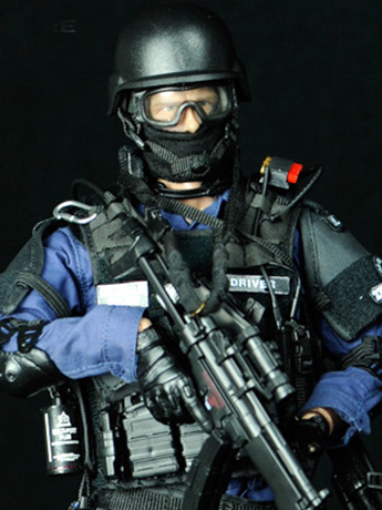 SWAT Team Assaulter 1/6 Scale Figure