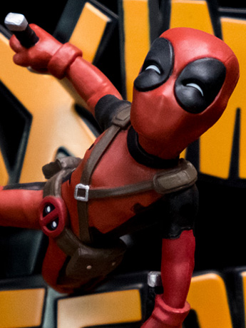 Marvel Q-Fig Max Diorama Deadpool (Maximum Effort)