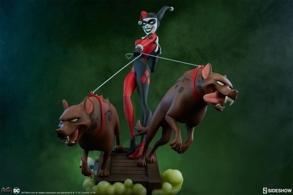 Batman: The Animated Series Harley Quinn with Hyenas Statue