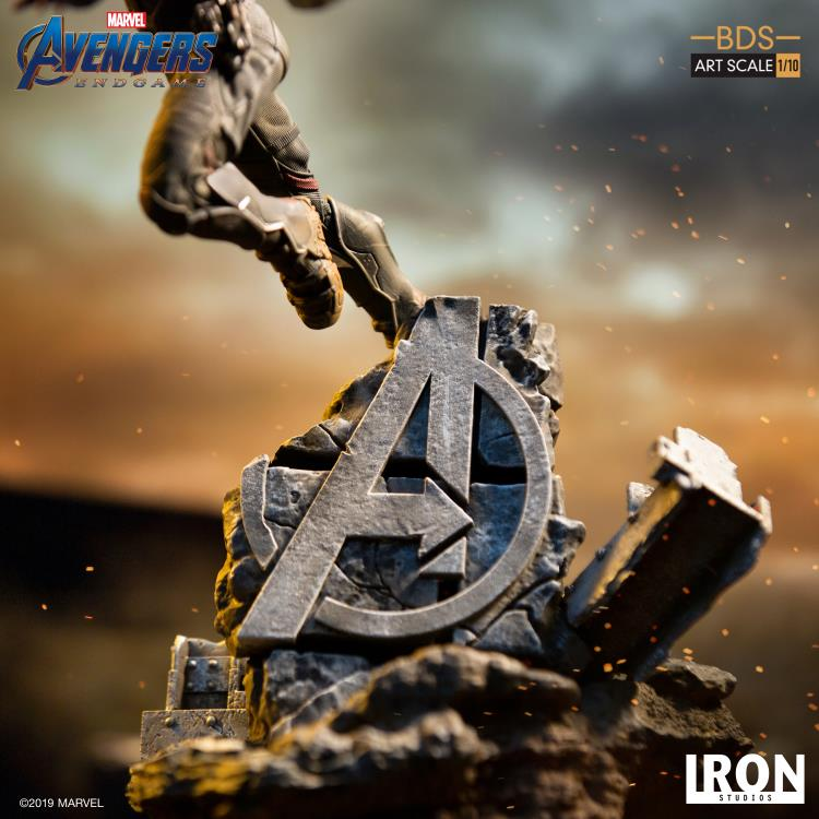 Avengers: Endgame Battle Diorama Series Falcon 1/10 Art Scale Limited Edition Statue