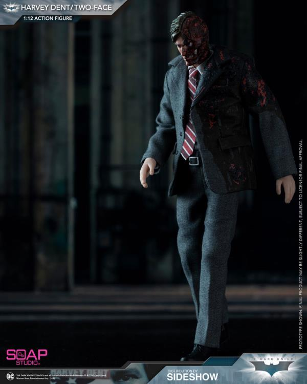 The Dark Knight Two-Face (Harvey Dent) 1/12 Scale Figure