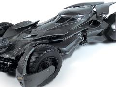 Batman v Superman Batmobile 1:25 Scale Model Kit