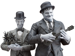 Stan Laurel & Oliver Hardy Statues - Honolulu Baby