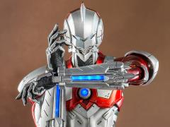 Ultraman 1/6 Scale Collectible Figure - Ultraman Suit