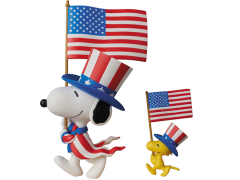 Peanuts Ultra Detail Figure No.320 USA Snoopy & Woodstock