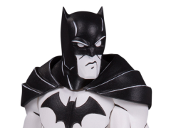"DC Artist Alley Batman (Black & White) Statue (Hainanu ""Nooligan"" Saulque)"