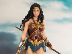 Justice League ArtFX+ Wonder Woman Statue
