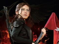 The Hunger Games: Mockingjay Katniss Everdeen 1/6 Scale Figure