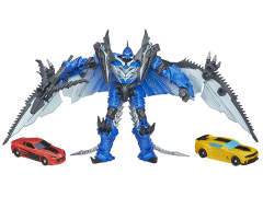 Transformers: Age of Extinction Scene Pack Bumblebee & Strafe vs. Stinger Exclusive