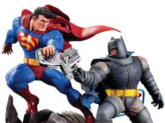 Batman: The Dark Knight Returns Batman vs. Superman Limited Edition Mini Battle Statue