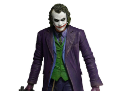 The Dark Knight Joker 1/4 Scale Figure