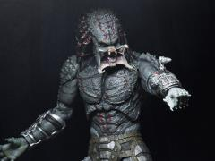 The Predator Deluxe Armored Assassin Predator Figure