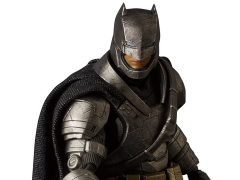 Batman v Superman MAFEX No.023 Armored Batman