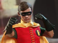 Batman (1966) MMS219 Robin 1/6th Scale Collectible Figure