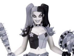 Batman Black & White Harley Quinn Statue (Amanda Conner)