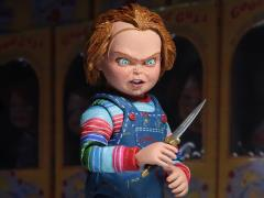 Child's Play Ultimate Chucky Figure