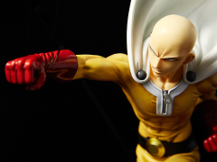 One-Punch Man Saitama 1/6 Scale Figure