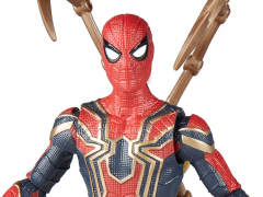 Avengers: Infinity War Iron Spider Figure With Infinity Stone