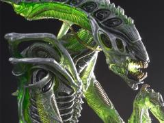 Alien Series 10 Mantis Alien Figure