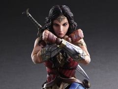 Wonder Woman Play Arts Kai Wonder Woman