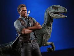 Jurassic World 1/9 Scale Owen & Blue