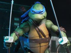 TMNT (1990 Movie) Leonardo 1/4 Scale Figure