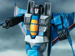 Transformers G1 Museum Scale Thundercracker Statue