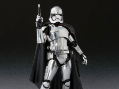 Star Wars S.H.Figuarts Captain Phasma (The Last Jedi)