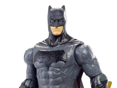 Justice League Batman Basic Figure