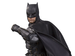 Justice League Batman (Tactical Suit) 1/6 Scale Statue