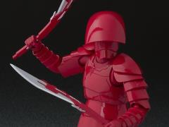 Star Wars S.H.Figuarts Elite Praetorian Guard with Double Blade (The Last Jedi)