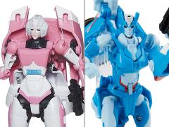 Transformers Thrilling 30 Deluxe Wave 11 Set of 2 Figures