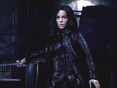 Underworld 2: Evolution Selene (Blue Eyes Ver.) 1/6 Scale Figure