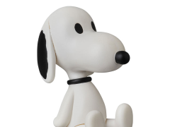 Peanuts Ultra Detail Figure Teddy Bear Snoopy