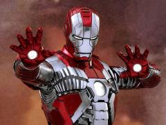 Iron Man 2 MMS400D18 Mark V 1/6th Scale Collectible Figure