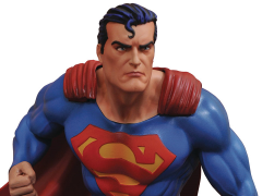 DC Comics Gallery Superman Statue